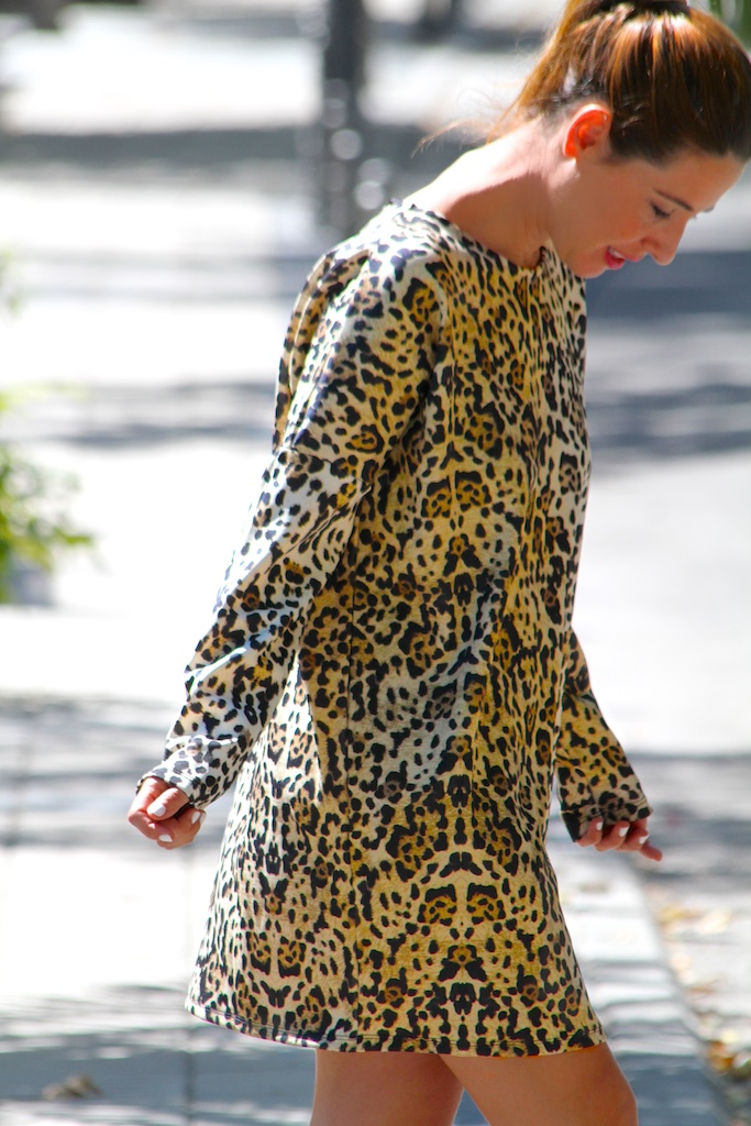 leopard dress.ZARA.descalzaporelparque